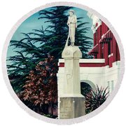 White County Courthouse - Civil War Memorial Round Beach Towel