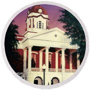 White County Courthouse Round Beach Towel