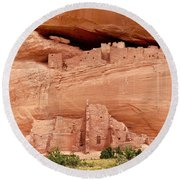 White House Ruins Canyon De Chelly Round Beach Towel