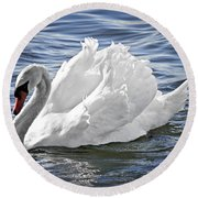 White Swan On Water Round Beach Towel
