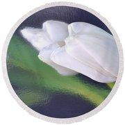 White Tulip Reflected In Dark Blue Water Round Beach Towel