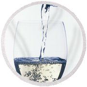 White Wine Pouring Round Beach Towel