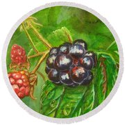 Wild Blackberries Round Beach Towel
