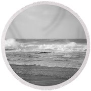 Wind Blown Waves Tofino Round Beach Towel