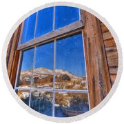 Window To Bodie Round Beach Towel