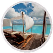 Windy Day At Maldives Round Beach Towel