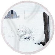 Winter Fence With Barn Round Beach Towel