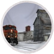 Winter Mixed Freight Through Castle Rock Round Beach Towel