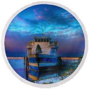 Welcome Sun Breaking The Cold Round Beach Towel