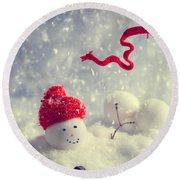 Winter Snowman Round Beach Towel