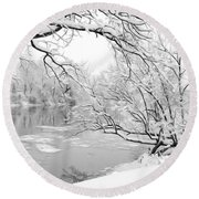 Winter Wonderland In Black And White Round Beach Towel
