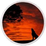 Wolf Calling For Mate Sunset Silhouette Series Round Beach Towel