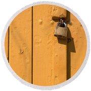 Wooden Plank Door Steel Lock Round Beach Towel