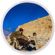 Yak Wrangling In Zanskar Round Beach Towel