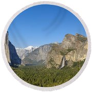 Round Beach Towel featuring the photograph Yosemite Valley Moonrise by Steven Sparks