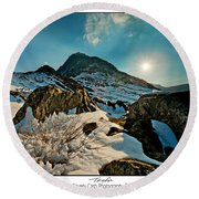 Spring Snows At Tryfan Round Beach Towel
