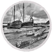 Boats And Logs At Pin Mill  Round Beach Towel