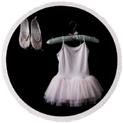 Ballet Dress Round Beach Towel