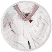 Lady With A Rose Round Beach Towel