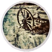 Abandoned Wagon By Old Ghost Town. Round Beach Towel