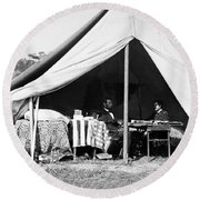Round Beach Towel featuring the photograph Abraham Lincoln Meeting With General Mcclellan - Antietam - October 3 1862 by International  Images