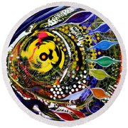 Abstract Busy Bee Fish Round Beach Towel