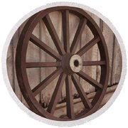 An Old Wagon Wheel Round Beach Towel