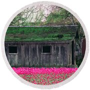 Barn Intensified Round Beach Towel