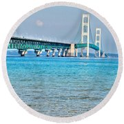 Blue Water In The Straits Of Mackinac Round Beach Towel
