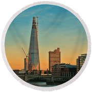 Building Shard Round Beach Towel