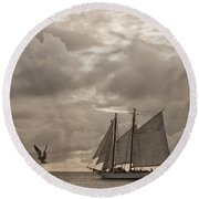 Chasing The Wind Round Beach Towel