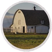 Classic Barn Near Grants Pass Round Beach Towel by Mick Anderson