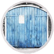 Colorful Blue Garage Door French Quarter New Orleans Color Splash Black And White And Diffuse Glow Round Beach Towel