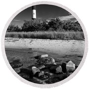 Fire Island In Black And White Round Beach Towel