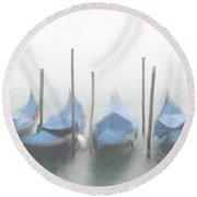 Foggy Morning Grand Canal Round Beach Towel