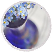Forget Me Nots In Deep Blue Vase Round Beach Towel by Lyn Randle