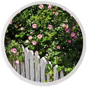 Garden Fence With Roses Round Beach Towel