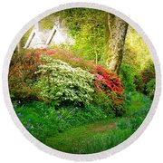 Gardens Of The Old Rectory Round Beach Towel