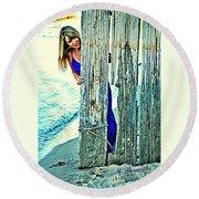 Glamour Peek Round Beach Towel