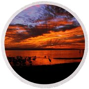 Great Heron Sunset Round Beach Towel