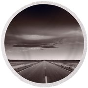 Great Plains Road Trip Bw Round Beach Towel