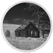 Haunted House Round Beach Towel