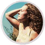 Round Beach Towel featuring the photograph Into The Sun by Lorraine Devon Wilke