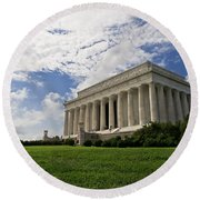Lincoln Memorial And Sky Round Beach Towel