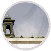 Little Tower Round Beach Towel