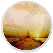 Manitowoc Breakwater Lighthouse Round Beach Towel