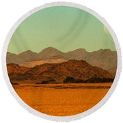 Moonrise Moment Round Beach Towel