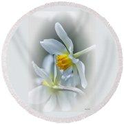 Narcissus Round Beach Towel