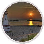 New Buffalo City Beach Sunset Round Beach Towel
