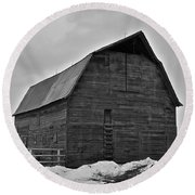 Round Beach Towel featuring the photograph Noble Barn by Eric Tressler